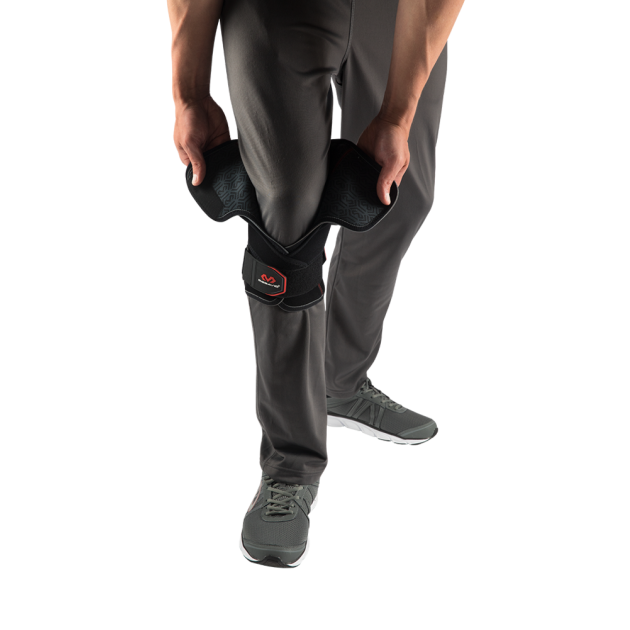 McDavid 4203 VOW™ Versatile Over Wrap Knee Wrap w/ Stays & Straps